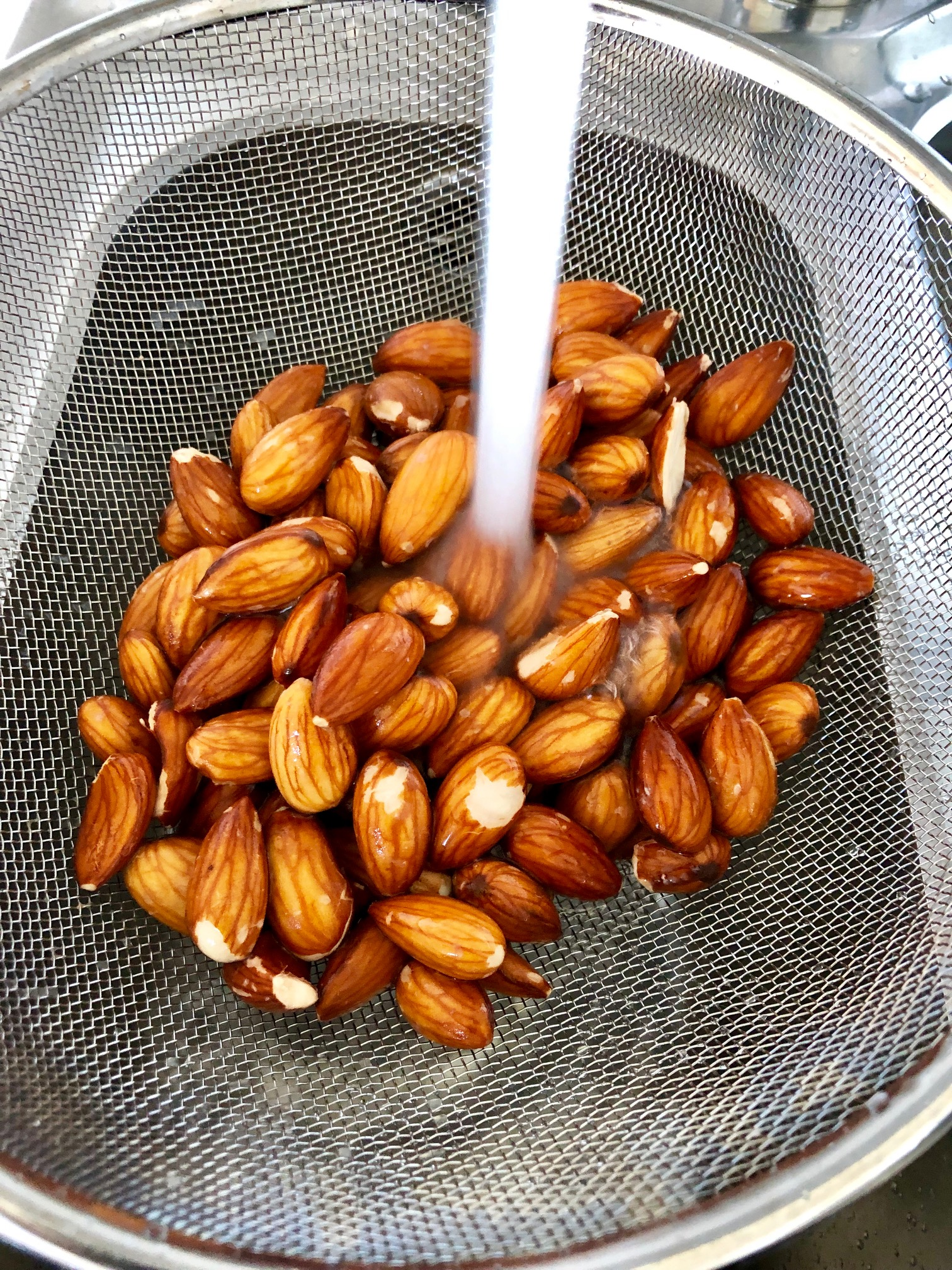 Sköljer blötlägga nötter